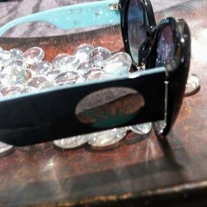 Tiffany & Co. Accessories - 💍 FAVORITE HOST PICK 💍Tiffany sunglasses